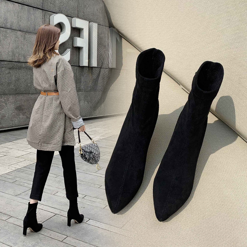 New high heeled and thick heeled womens shoes in autumn and winter 2020