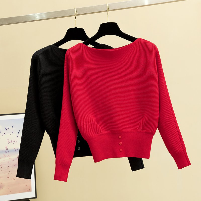Early autumn new bat sleeve Korean version short long sleeve sweater, easy to match solid color one line collar top to show thin sweater