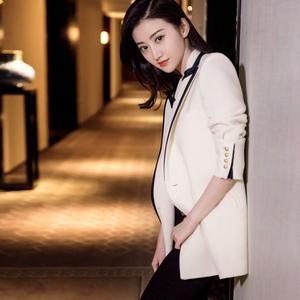 西服女上衣春秋装2020年新款韩版加厚黑白小西装外套女设计感小众