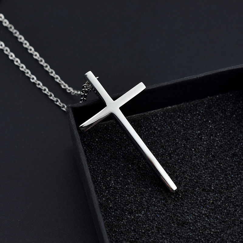 Simple Titanium Steel Cross Necklace Fashion hip hop couple pendant Japanese Korean street mens personalized sweater chain woman