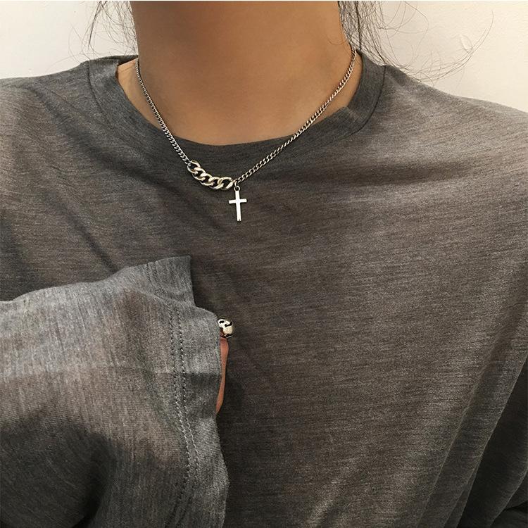 ins 朋克风十字架锁骨链 复古短款链条毛衣链 简约小众项链 x007