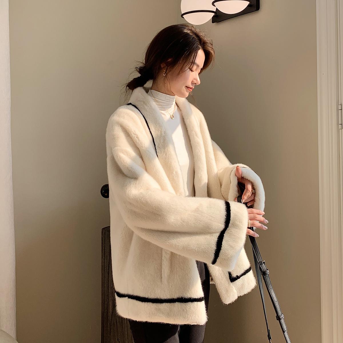 蔻述2020冬季新款进口天鹅绒皮草外套母貂貂皮大衣女整貂长款水貂