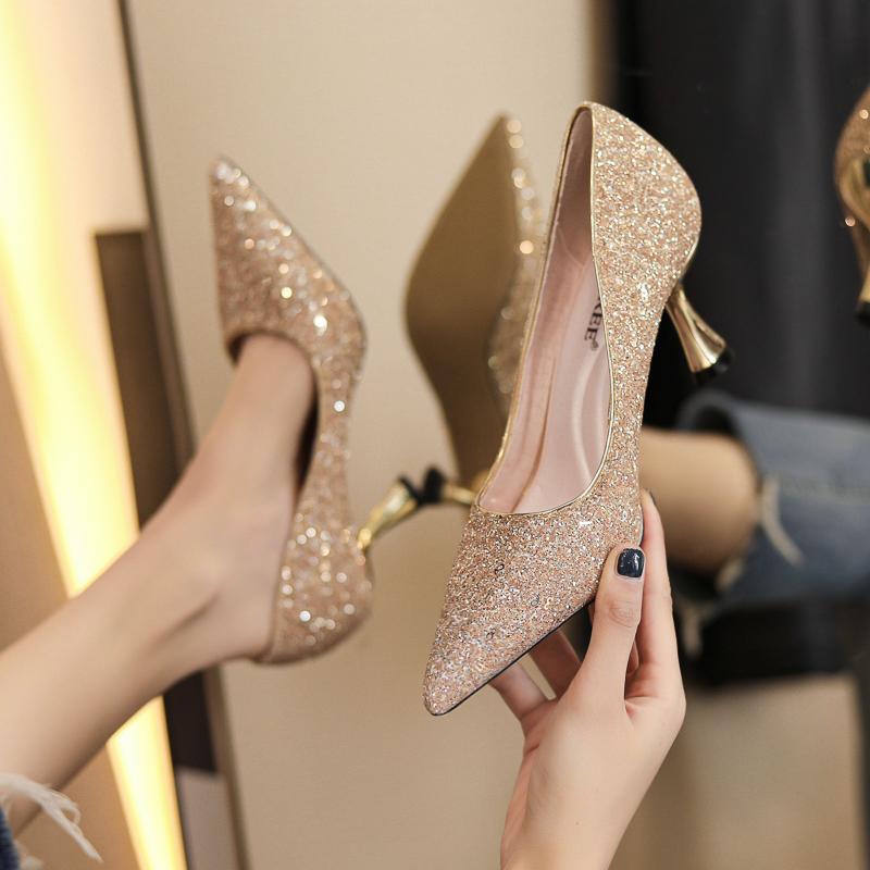 大码女鞋高跟鞋女细跟2021年新款百搭亮片性感婚鞋新娘十八岁学生
