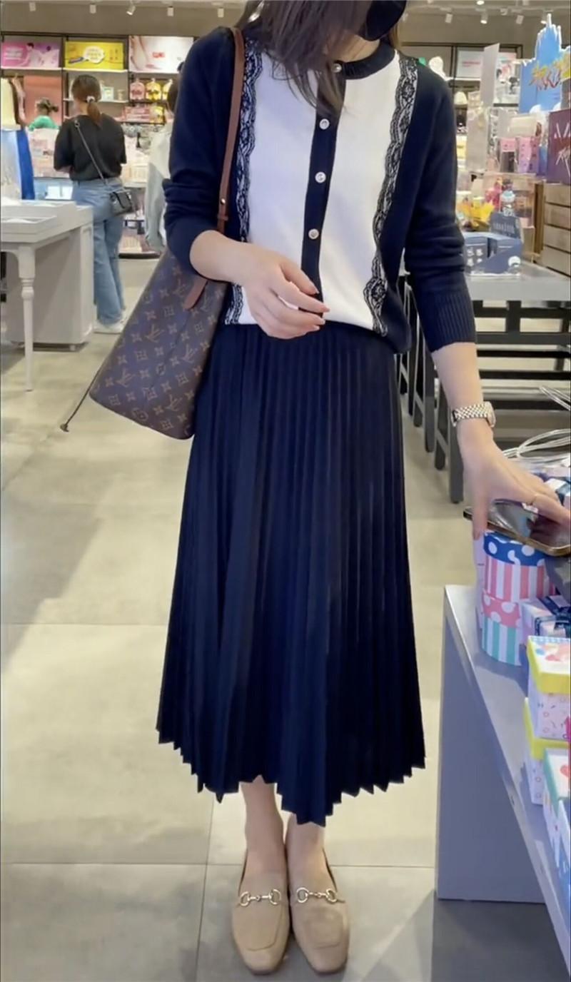 蕾丝拼接针织衫半身裙套装两件套女2021秋新款气质长袖毛衣连衣裙