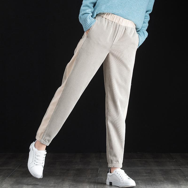 米色灯芯绒裤子女2020年冬季加绒休闲裤运动束脚裤女士条绒哈伦裤