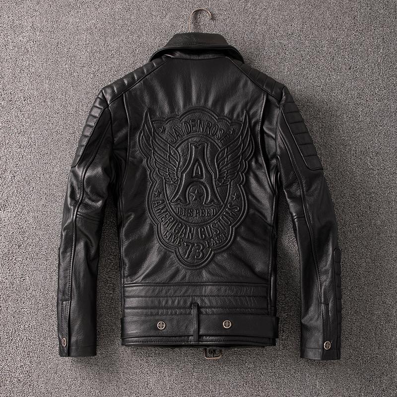 硬汉2020新款男短款修身刺绣皮夹克