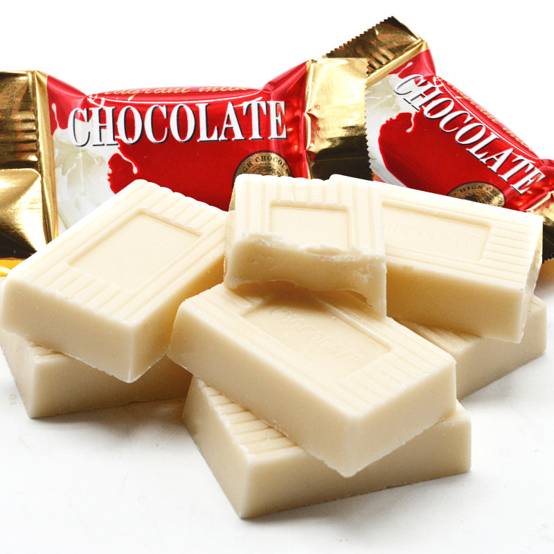 Fragrant milk white chocolate bulk wedding candy mixed with candy snacks 500g
