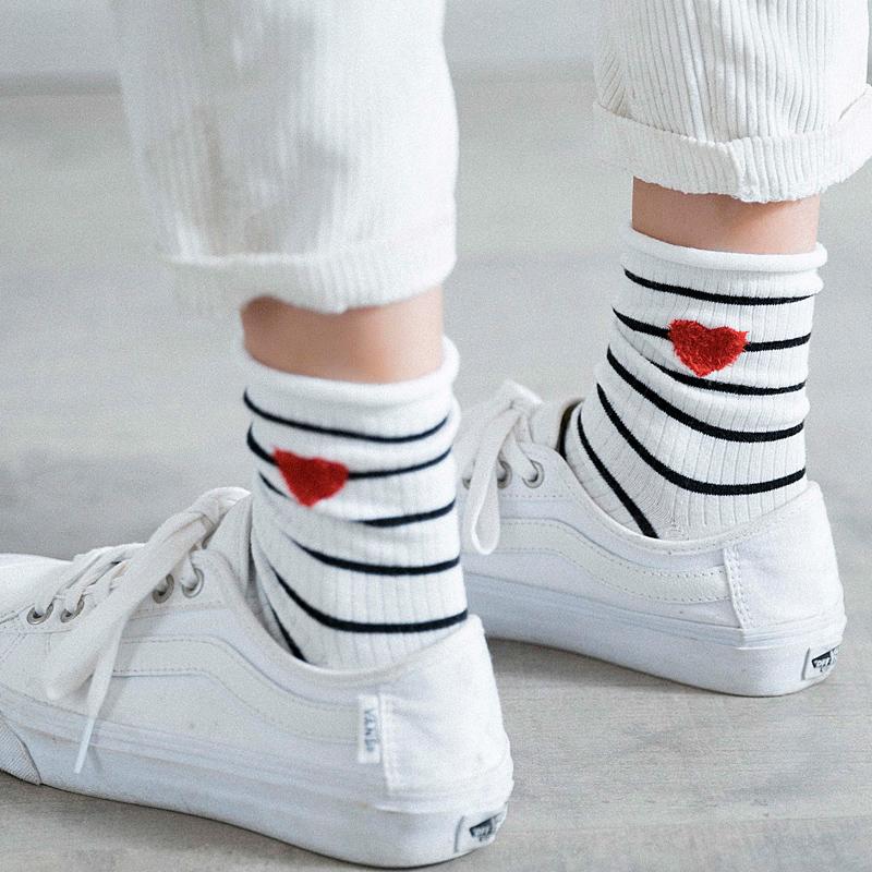 袜子女中筒棉袜夏薄款韩版纯棉学院风条纹学生袜卷边堆堆袜女韩国