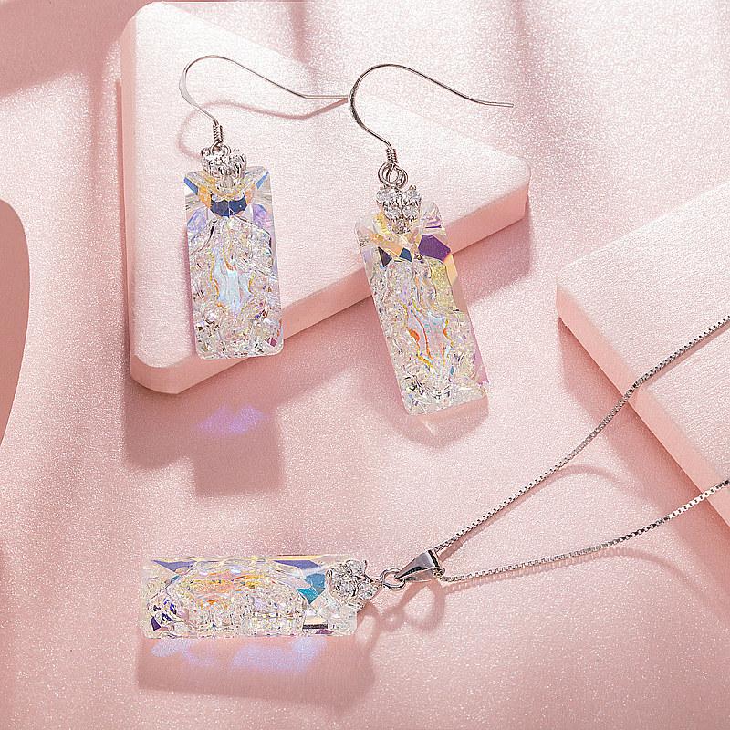 猪新年礼物采用施华洛世奇元素水晶吊坠项链耳环套装饰品925银女
