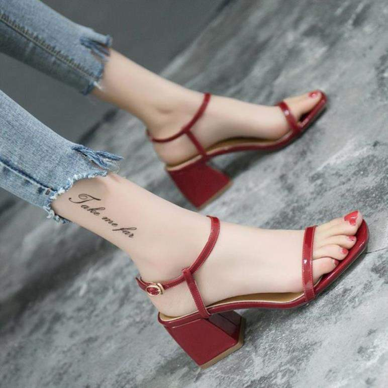 Summer French flat sandals womens temperament shoes fairy high heels gentle red simple fresh wear black first