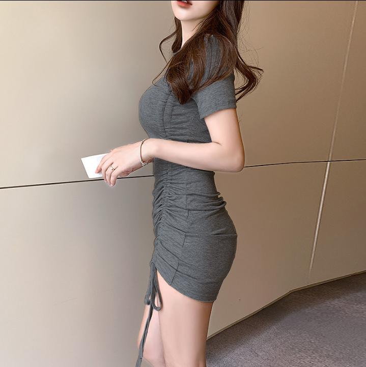 2020夏季莫代尔褶皱显瘦心机小黑裙性感包臀紧身连衣裙女短袖t恤