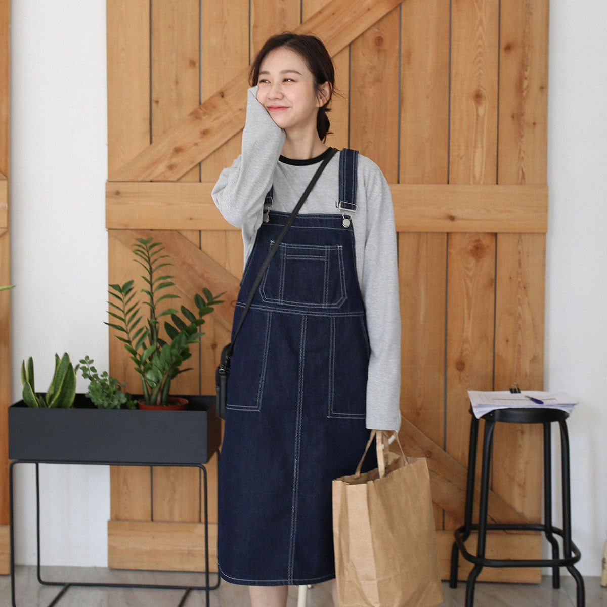 Mitsukoshi Japanese retro denim suspender dress suspender skirt academy style 2019 new womens dress over the Knee Skirt