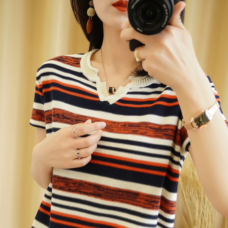 Cotton hemp womens short sleeved T-shirt spring and summer 2020 new loose stripe outer wear with thin knitted top and bottomed shirt
