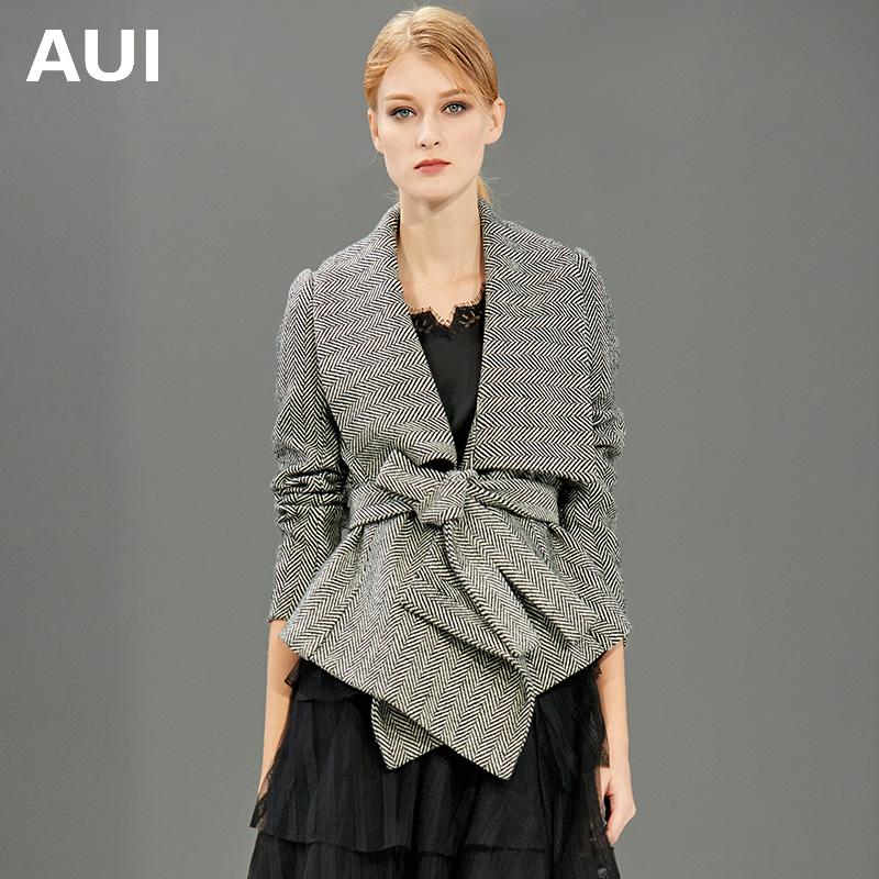 aui欧洲站2020新款女装人字纹欧货潮时尚小个子短款毛呢外套女冬