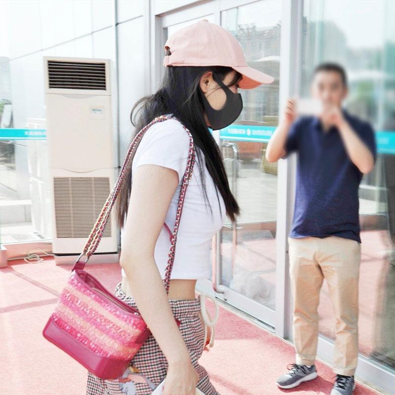 ファッションブランドの範家網赤い女装セット欧米ファッション夏2020年夏高腰モデルの新型ドトーンが流行しています。