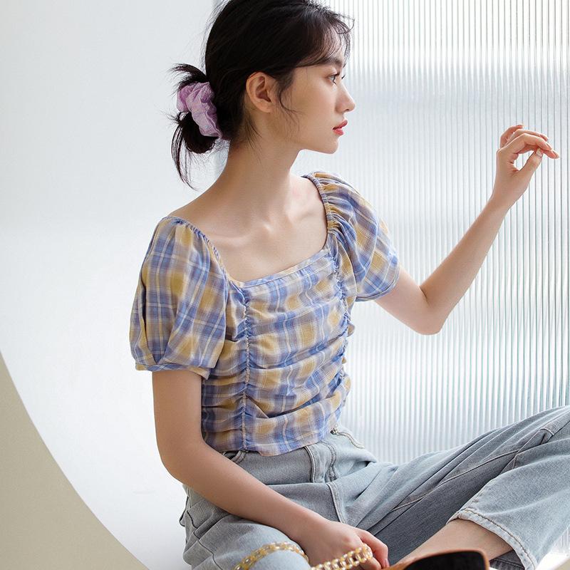 2020夏季新款韩版小清新复古方领褶皱格子短袖衬衫女短款衬衣上衣