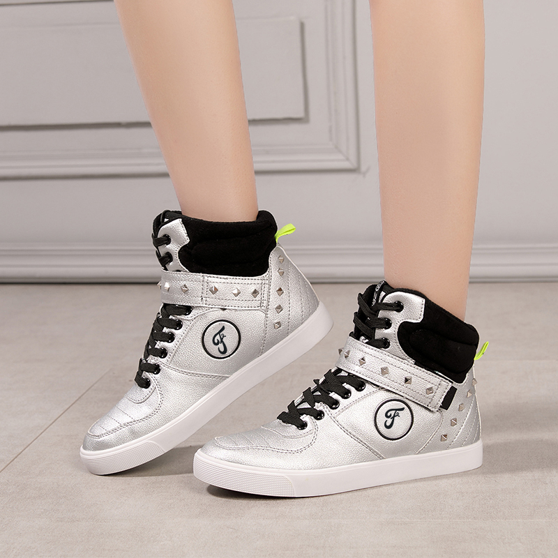 Retro Maple round head rivet white hip hop high top shoes 2020 new personalized lace up womens sports casual board shoes
