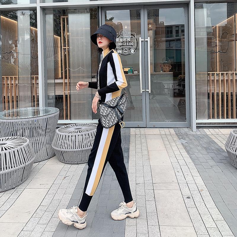 2020年新款女装春季港味运动风清纯套装女两件套洋气减龄女神范潮