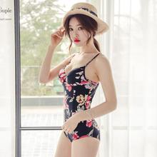 新款欧美姿泳衣女连体三角裤带钢托小胸聚拢时尚性感吸睛