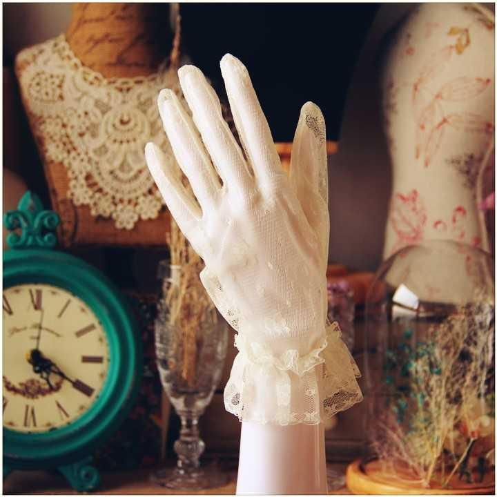 Korean sun protection simple thin elegant short Wedding Gloves Bride White Lace Wedding dress accessories spring