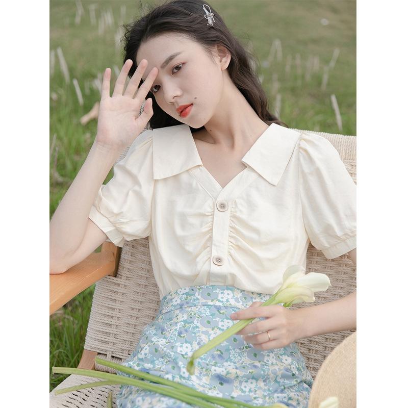 设计感褶皱v领洋气减龄小衫短袖上衣
