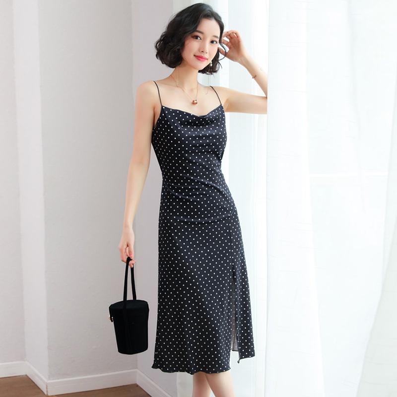 2019新款夏季丝绒波点短裙修身显瘦背心吊带裙高腰开叉连衣裙女装
