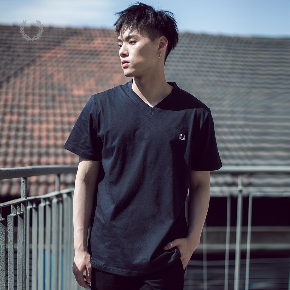 FRED PERRY董又霖同款男士T恤纯色小V领休闲潮流短袖T恤M6717XM