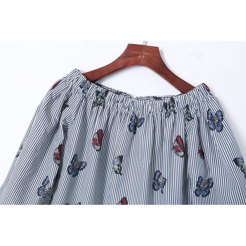 2019夏季新款女装拼色条纹蝴蝶印花上衣一字领露肩七分袖宽松衬衫