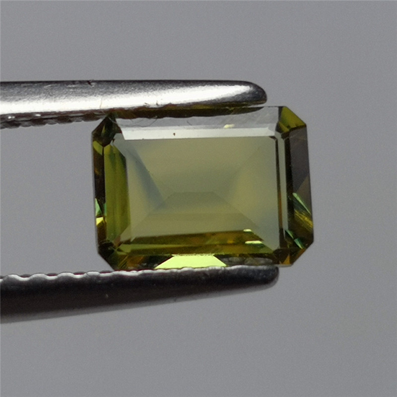 Strange sapphire yellow sapphire natural unburned sapphire ring noodles Shandong Weifang Changle sapphire square