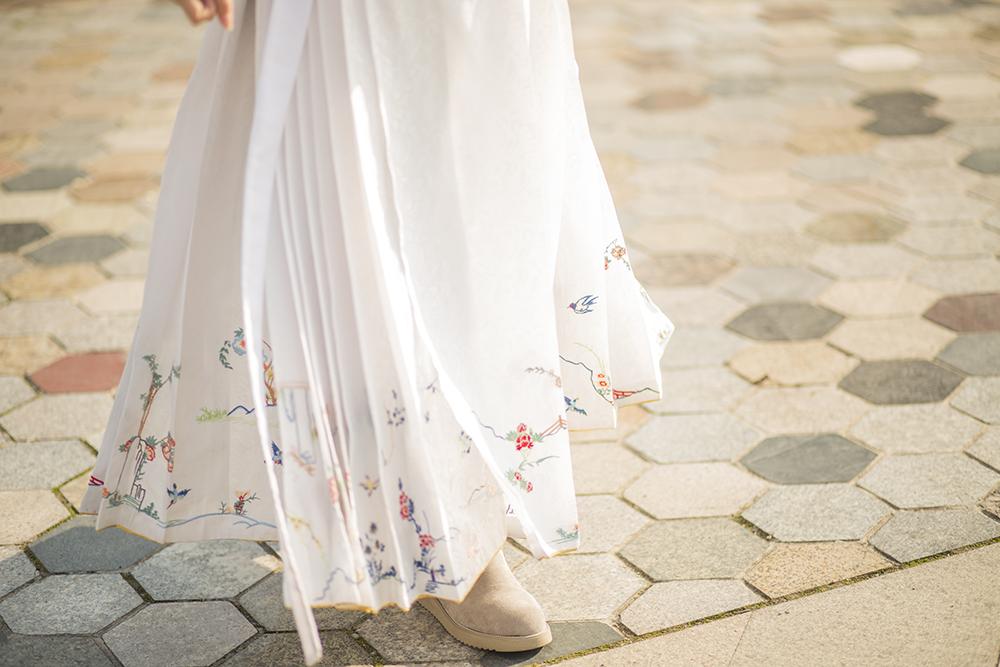 【Человек Tingfang - юбка цветк-и-птицы】 копия Юбка повторения юбки 100 цветк-и-птицы Тибет конфуцианской резиденции старая плиссировала поверхность лошади юбки хвост стиль