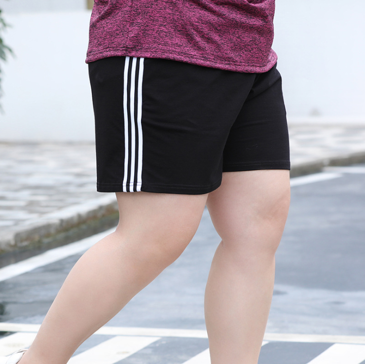 Big size womens summer fat mom pants fat girl wear casual sports shorts 2021 new womens pants