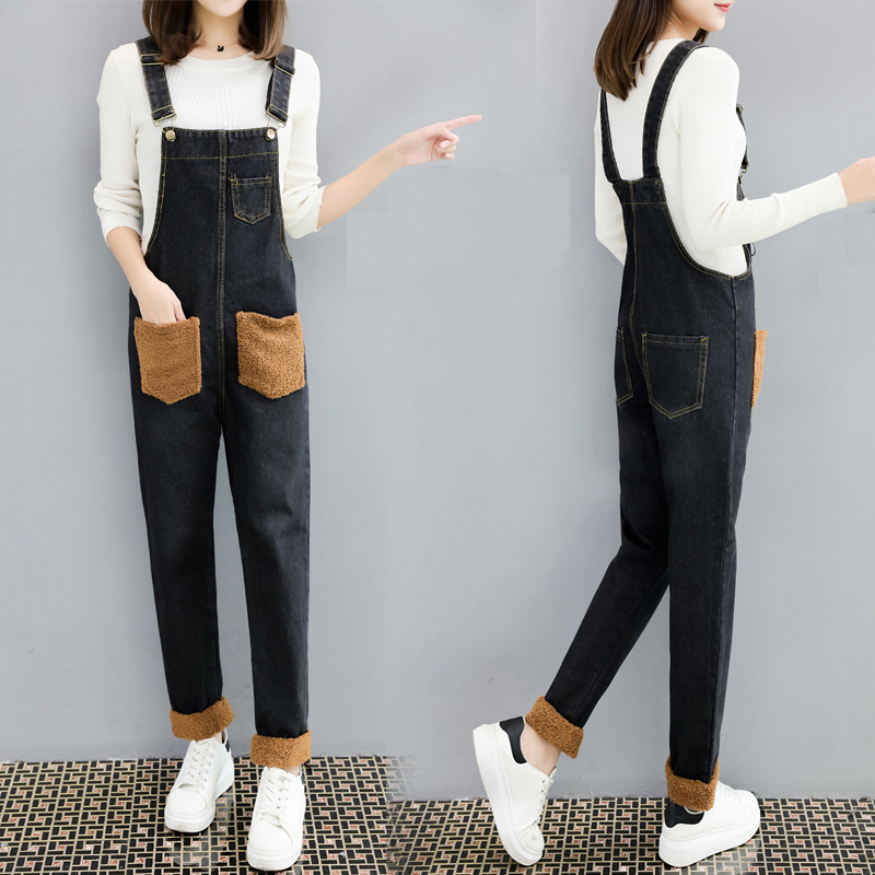 Autumn and winter new Korean version womens young students loose and versatile small foot jeans strap pants suspender Jumpsuit