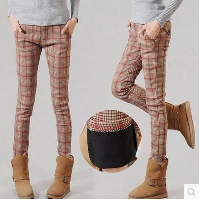 高腰2021新款冬装加绒加厚打底裤外穿长裤格子裤子女英伦小脚裤潮