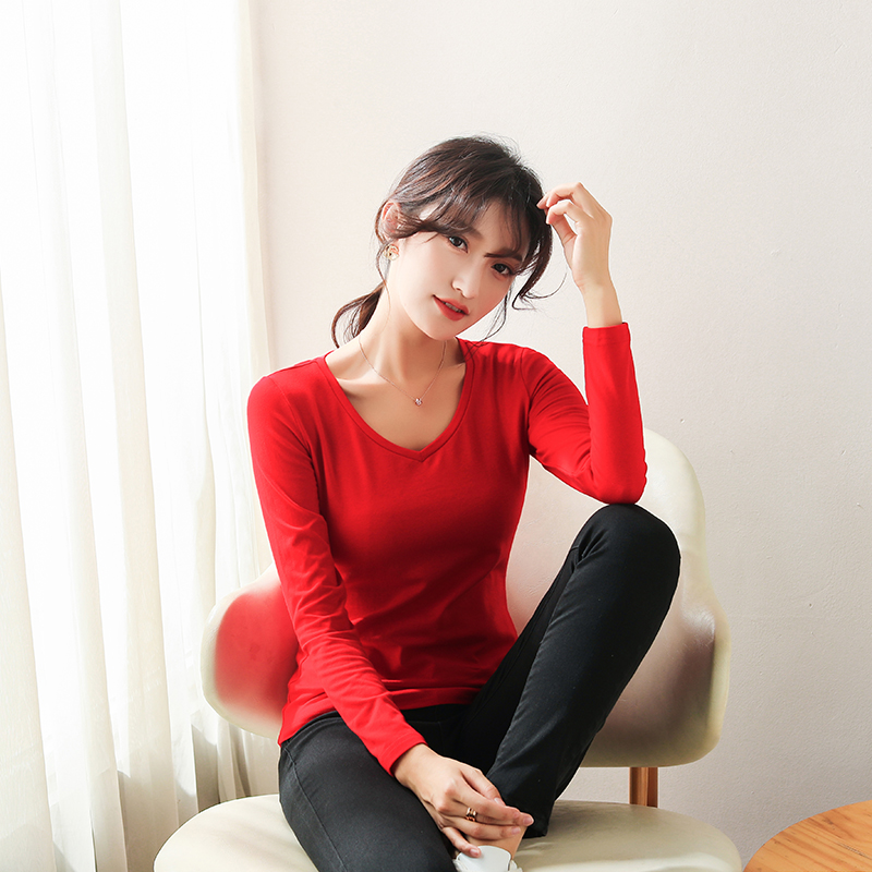Womens long sleeve red V-neck T-shirt tight top with thin chicken heart collar