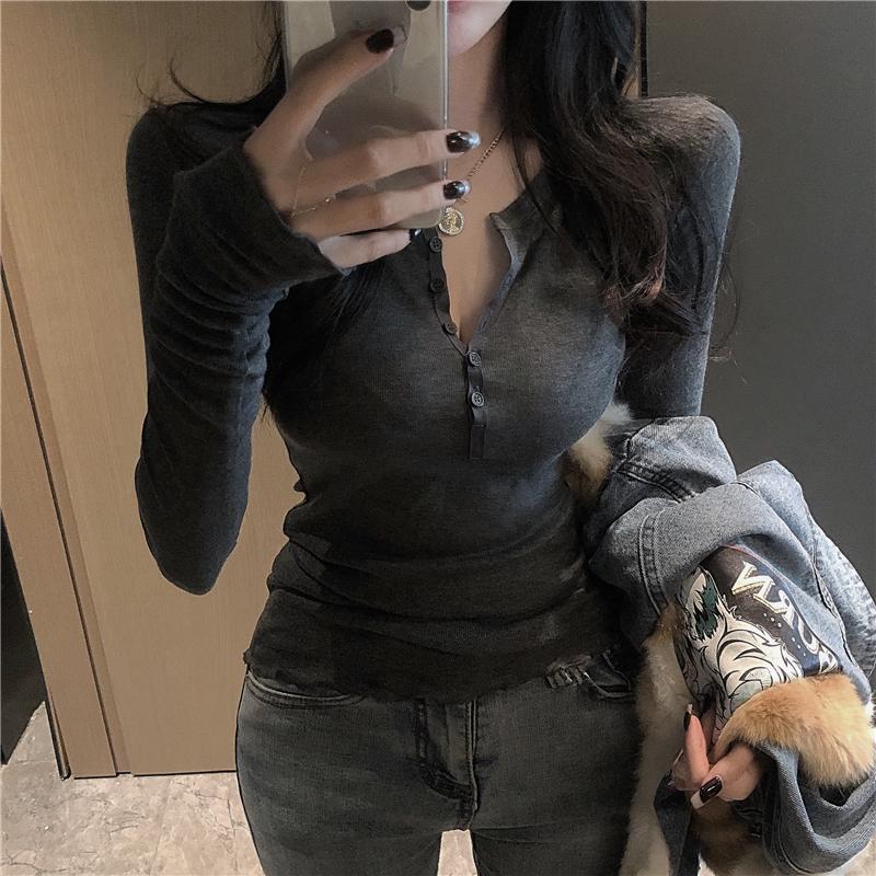 2021早春新款修身显瘦纯色女打底衫评价好不好