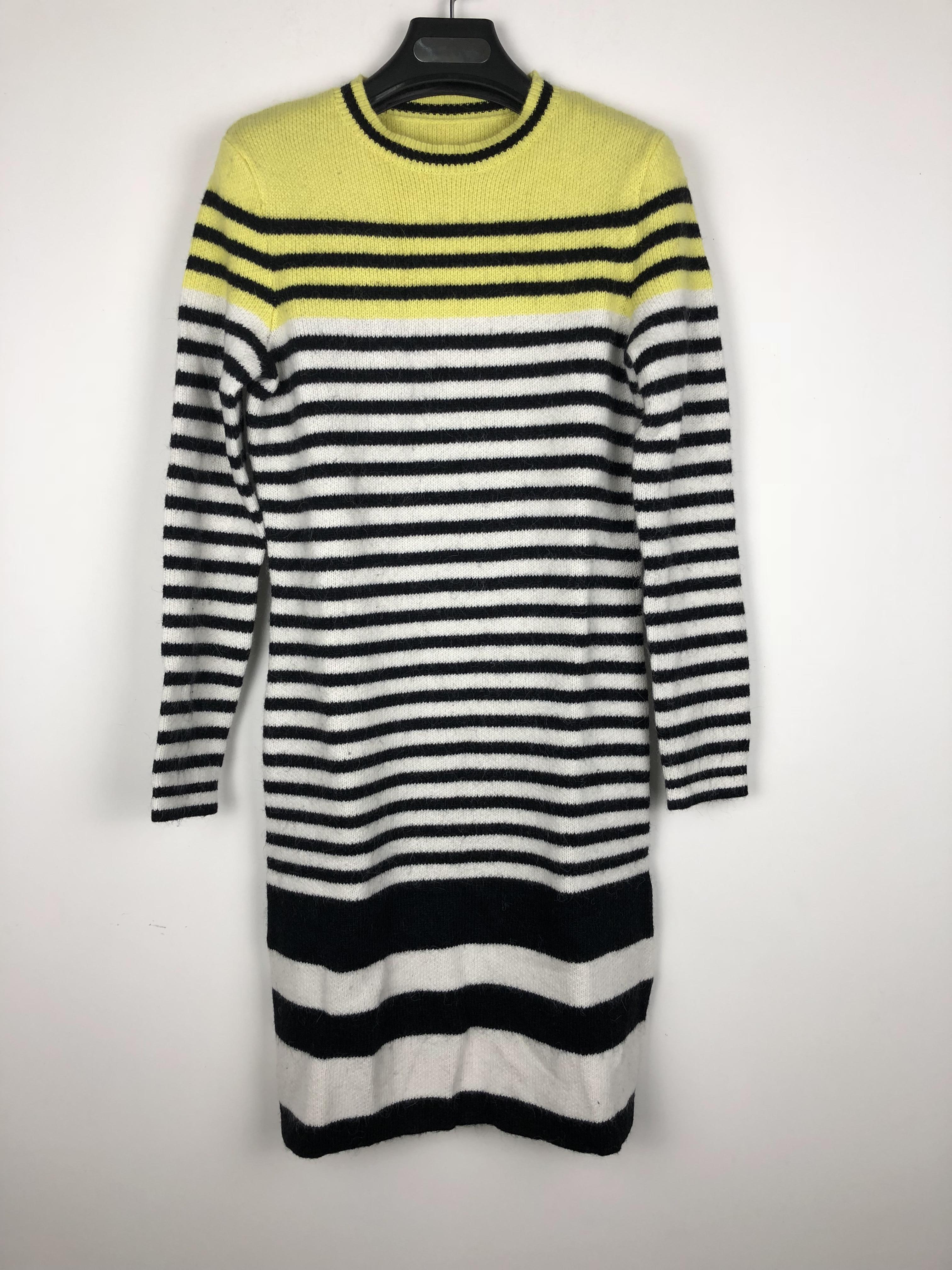 一线品牌折扣女装 专柜好货  羊毛连衣裙99