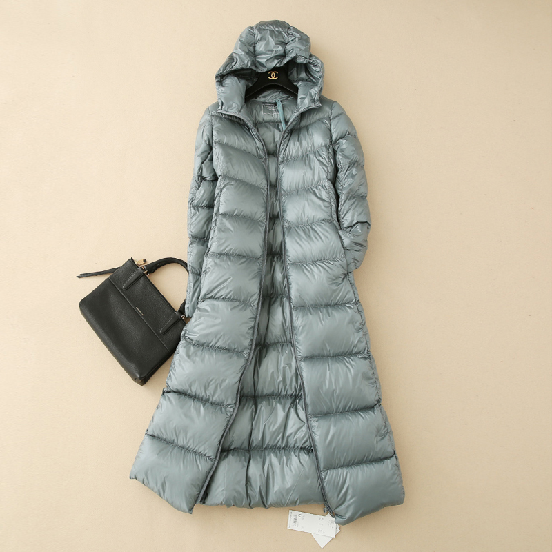 Super light down jacket womens long Korean slim slim and thick over the knee hooded down coat portable