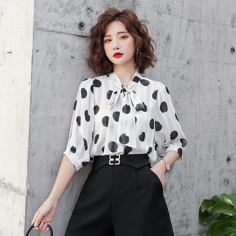 Spring and summer 2020 womens new chiffon shirt summer printed Polka Dot top solid color fashion trend national fashion package