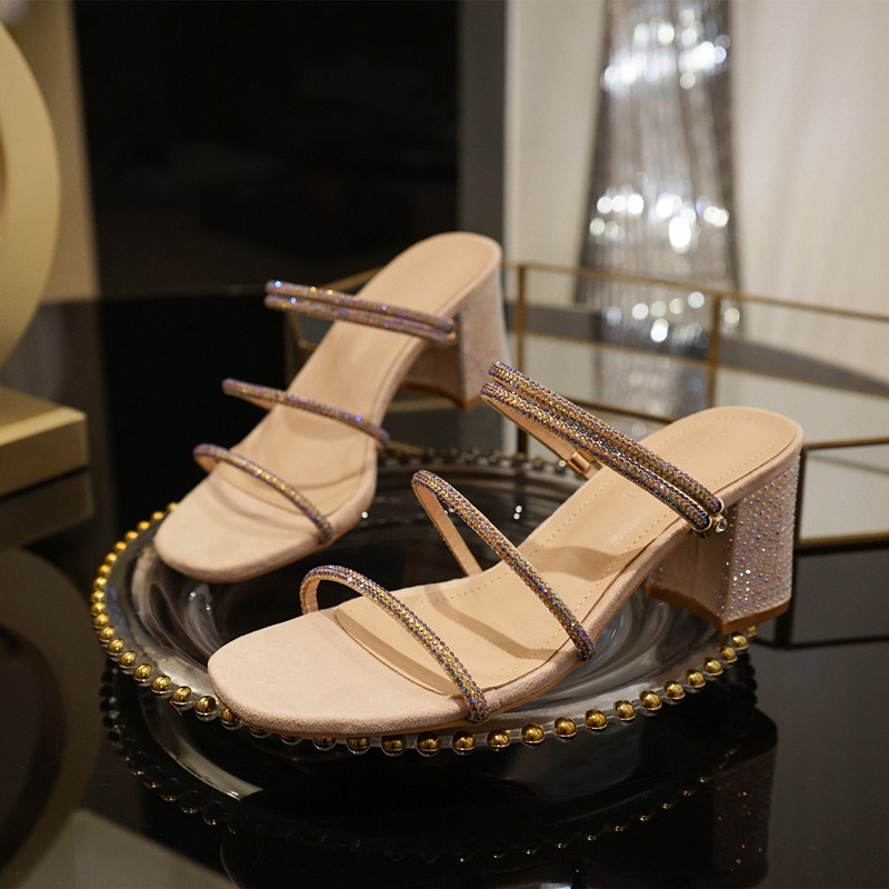 Summer womens fashion 2020 one word medium heel thick heel high-heeled shoes slippers new type with Rhinestone sandals fairy style womens shoes