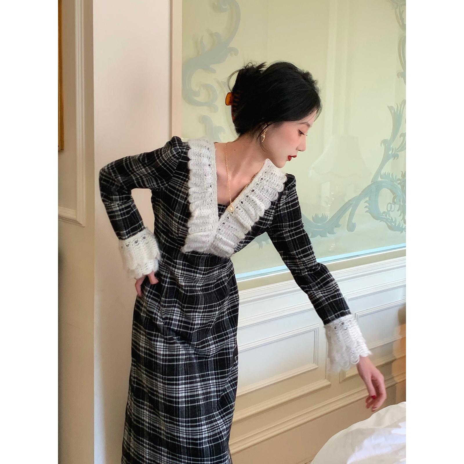 鹭青一毛织蕾丝法式格子连衣裙女2020秋冬新款复古气质中长款裙子