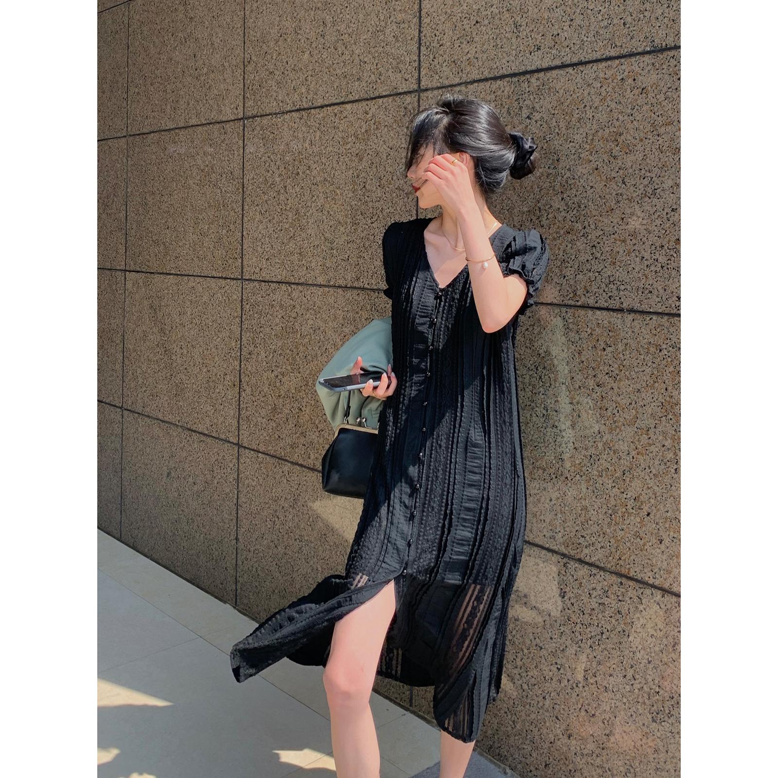 鹭青一年末秒杀蕾丝连衣裙女夏季 气质V领短袖显瘦拼接连衣裙