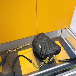 香港代购今年流行的小方包女2020年新款洋气大牌奢侈品链条斜挎包