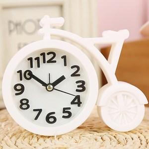 家居饰品摩托车闹铃摆件创意卧室床头柜闹钟风生日礼物小台钟