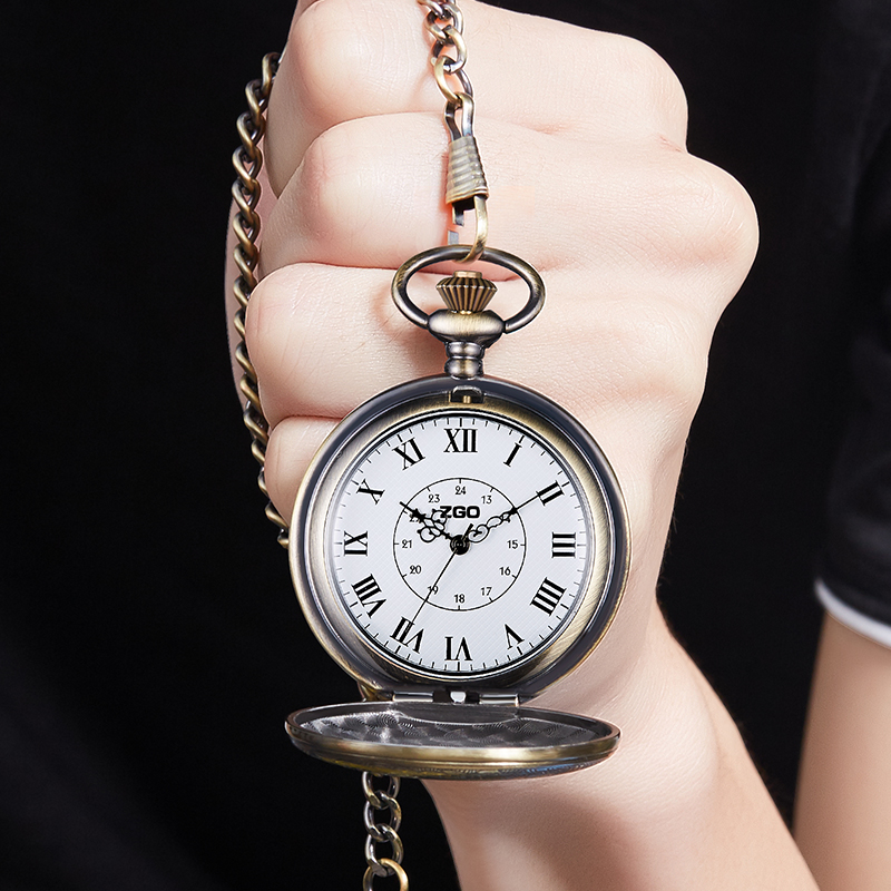 Small pocket watch mens and womens Retro flip pendant student nurse Watch Necklace Watch machine Roman nostalgia quartz watch old man