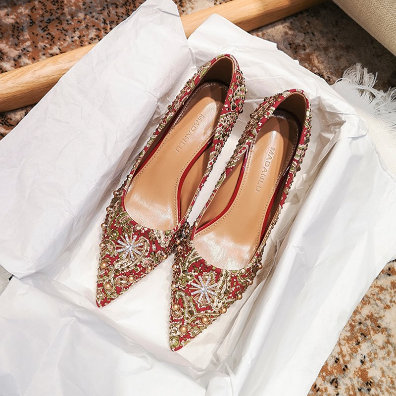 Wedding shoes womens thin heel red high heel red Xiuhe bridal shoes 2020-2019 new toast embroidered Chinese style