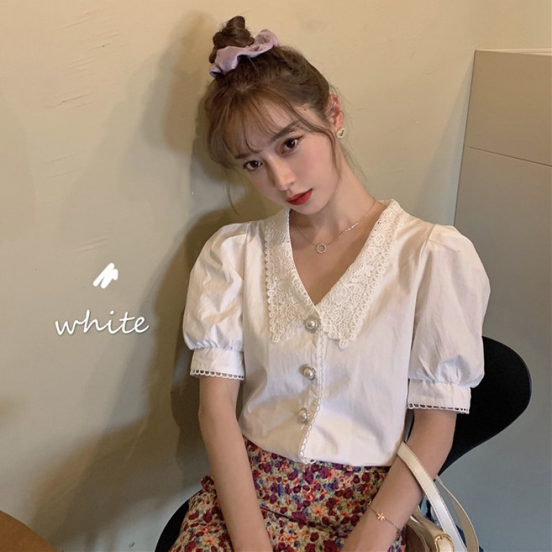 Summer 2020 new French lace baby collar bubble sleeve short sleeve shirt womens collarbone design sense top