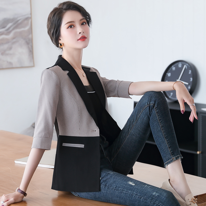 Five point sleeve one button small suit coat female spring and summer decoration body looks thin coffee lattice black contrast professional dress