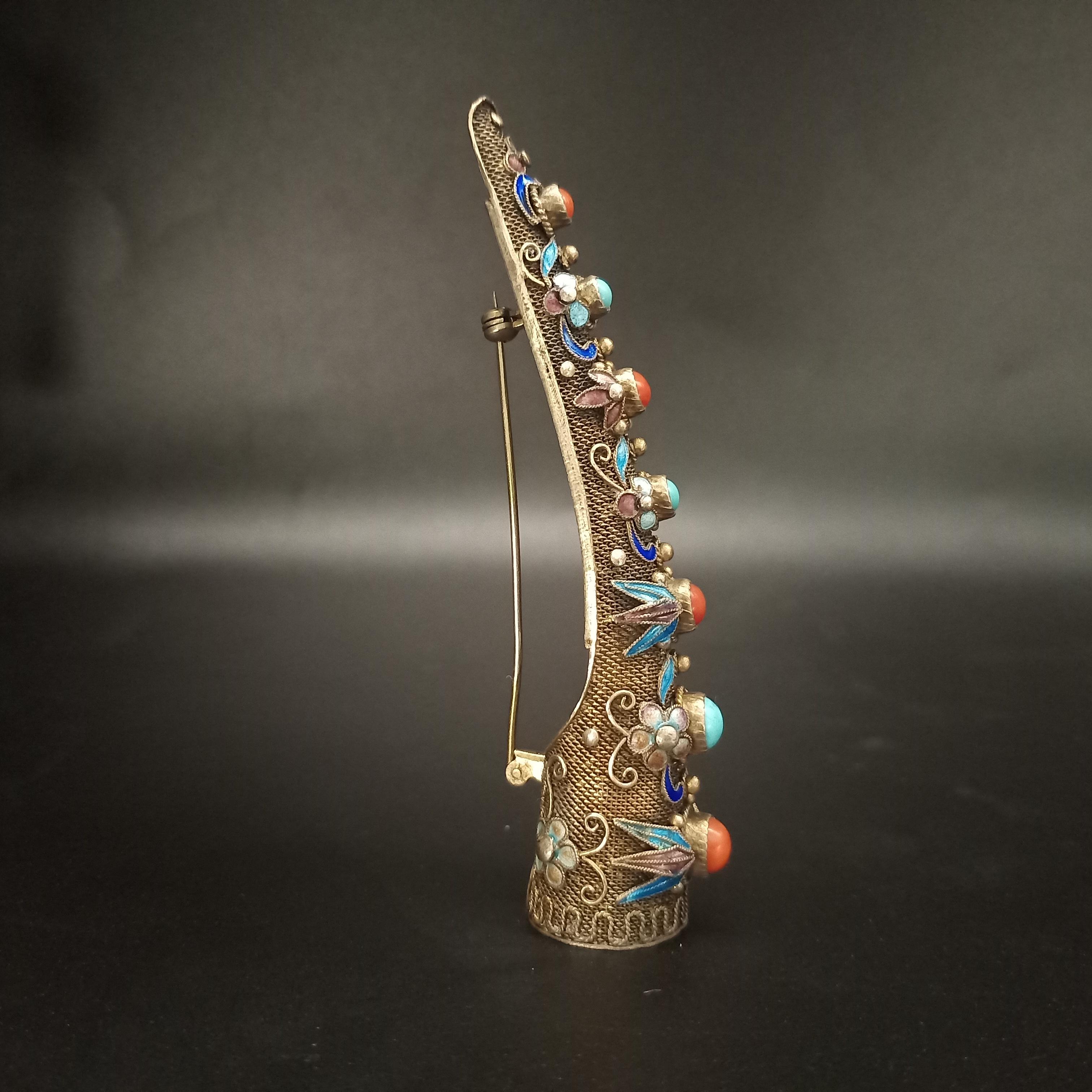 欧洲回流老银珐琅彩护甲胸针吊坠天然绿松石珊瑚收藏品首饰