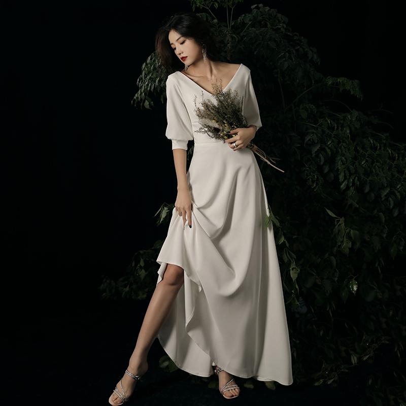 白色小晚礼服裙女2020新款宴会气质长款新娘敬酒服缎面轻婚纱简约