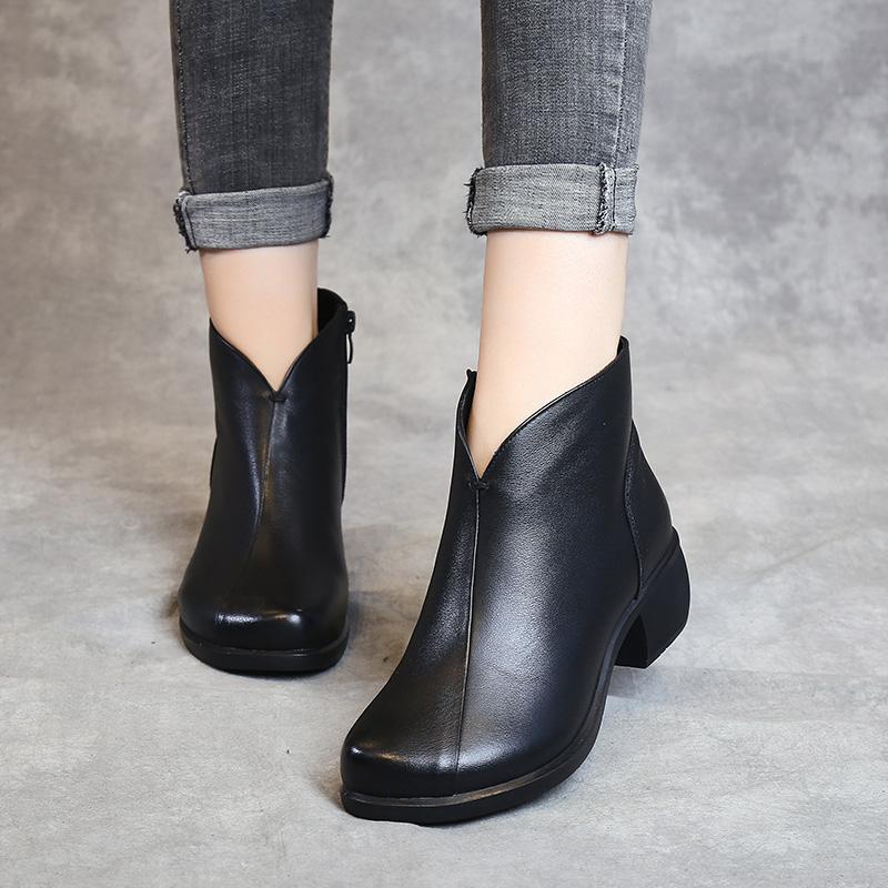 女士真皮靴子平底有什么不同
